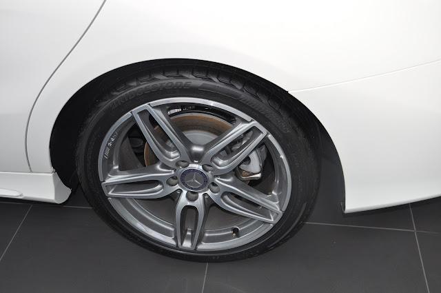 Bộ mâm xe Mercedes CLA 250 4MATIC 2017 thiết kế thể thao AMG 18-inch