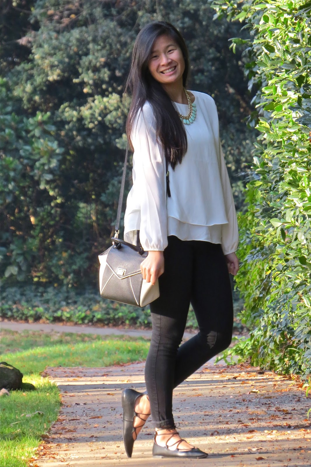 Black_and_white_outfit_inspo