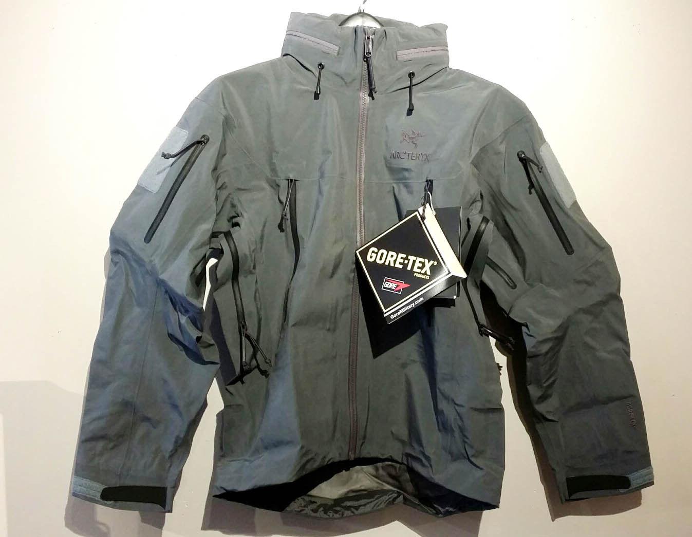 2a050b5b8eb Webbingbabel: Arc'teryx LEAF Alpha Gen 2 Jacket Small Wolf
