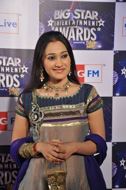 Disha Vakani (Daya Jethalal Gada) marriage, age, family, wedding, husband, married, date of birth, movies,  tv shows, brother name, real family, real name, brother, in devdas, movies, house