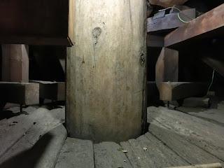 八坂の塔真柱