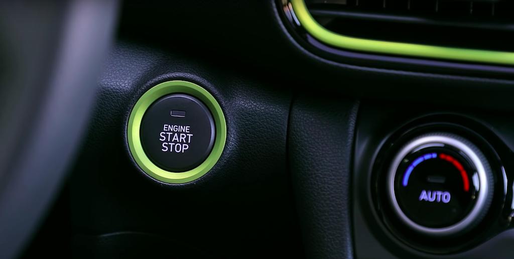 Xe Hyundai KONA5 Chỗ Gầm Cao Tại Việt Nam Bao Nhiêu - Mấy Phiên Bản tiêu chuẩn 2.0, Bản đặc biệt 2.0AT, bản turbo 1.6L, Xe Kona đời mới 2019 số tự động, kona số sàn, hyundai kona lắp ráp hay nhập khẩu