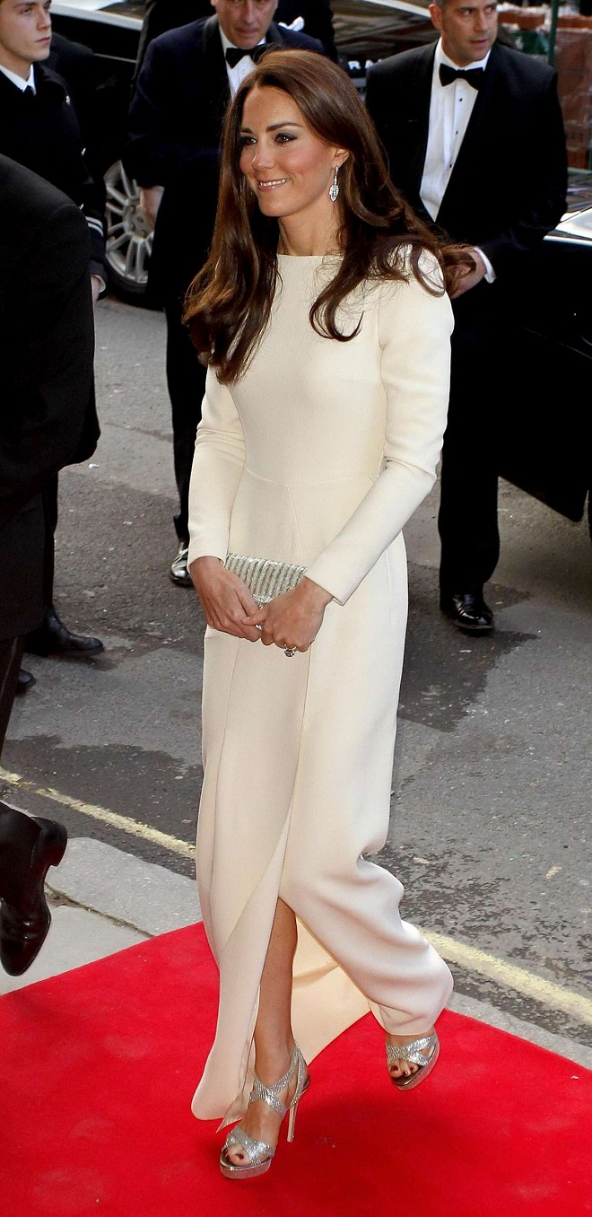 Kate Middleton Does The Thigh Split With Jimmy Choo Heels