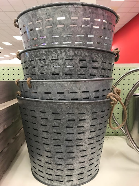 New olive buckets for farmhouse style