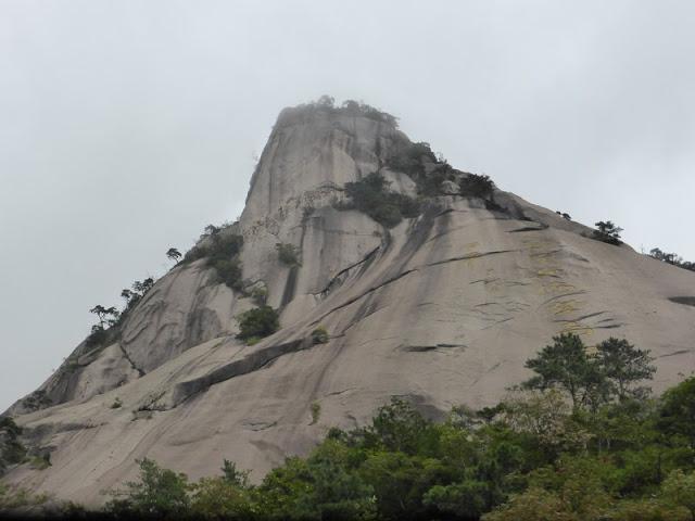 Standing Horse Peak - Huangshan