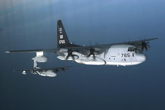 Gambar 38. Foto Pesawat Angkut Militer Lockheed Martin KC-130 Hercules