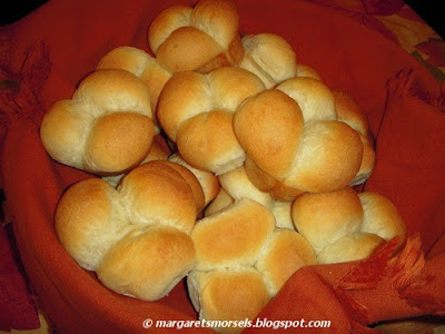 Margaret's Morsels | One Hour Buttermilk Rolls