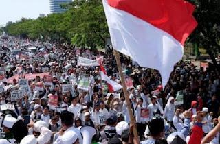 Bantuan Logistik untuk Aksi Bela Islam 212 Mengalir ke Masjid Istiqlal