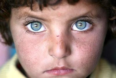 FILHOS DAS ESTRELAS: Crianças Índigos, Violetas, Esmeraldas, Cristais, Douradas, Arco-Íris
