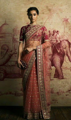 Designer net sarees are a blend of divinity and tradition that makes any Indian bride look gorgeous.