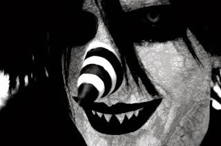 http://4.bp.blogspot.com/-oxHqbIuSaaA/UmaA1N9BMBI/AAAAAAAAAwM/oRcTeRJNj5k/s1600/laughing_jack_cracked_by_snuffbomb-d629zzx.jpg