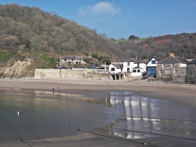 Polkerris Cove, Cornwall and the Rashleigh Inn