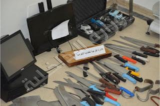 أريانة / حجز معدات وآلات محل سرقة من داخل محلات تجارية