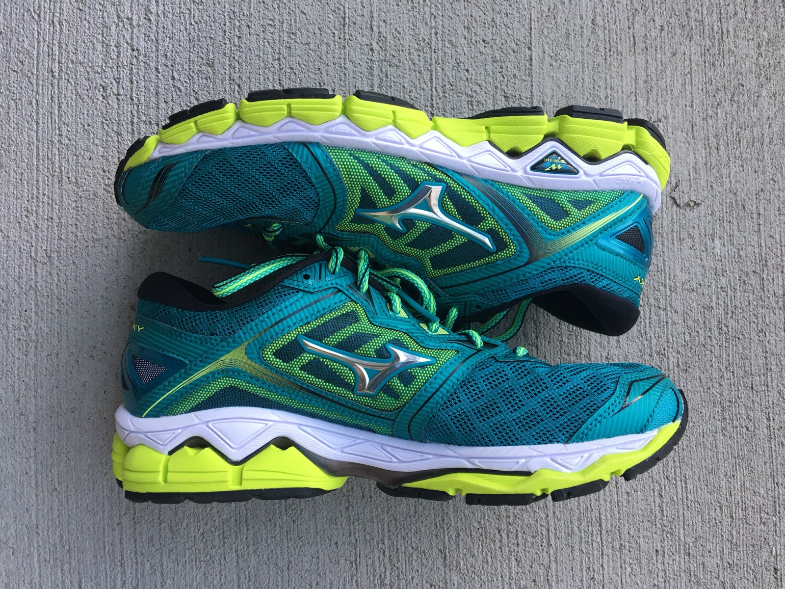 What Running Mizuno Shoe Man Test