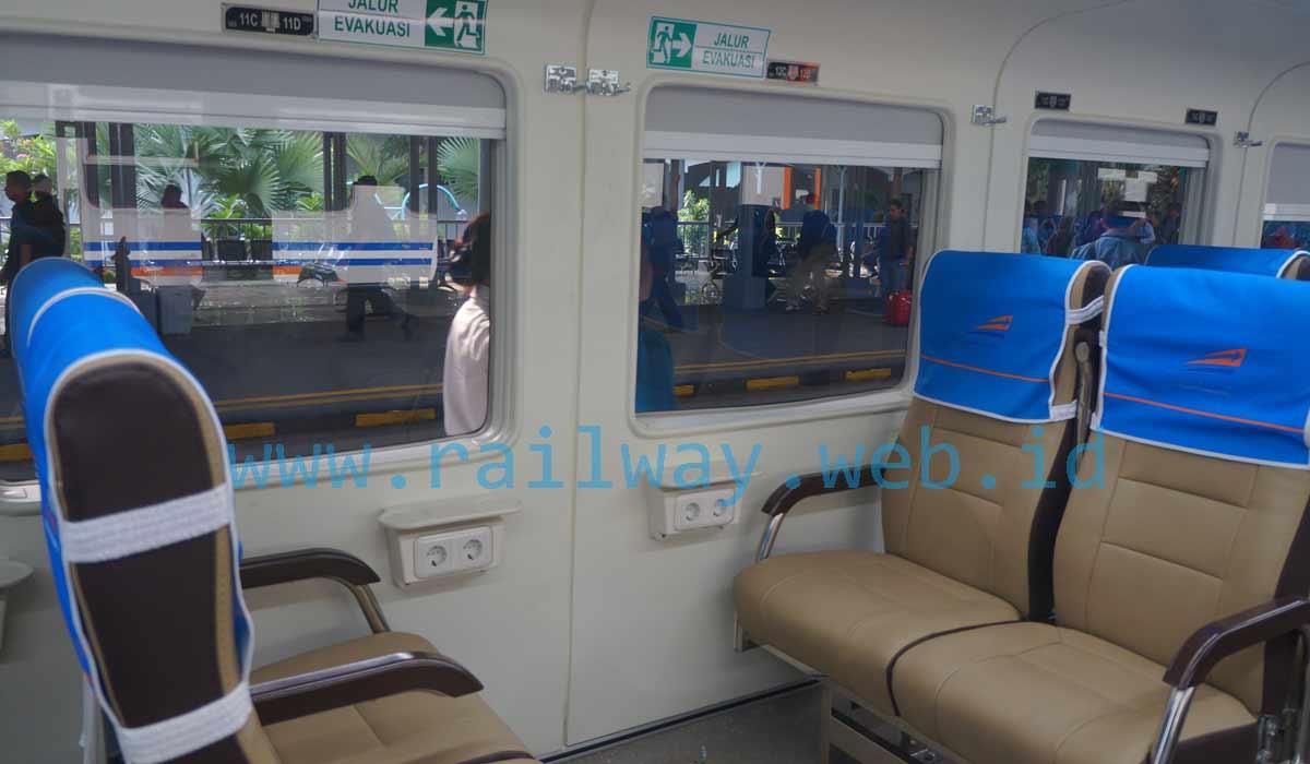 9500 Koleksi Gambar Kursi Kereta Ekonomi Brantas HD