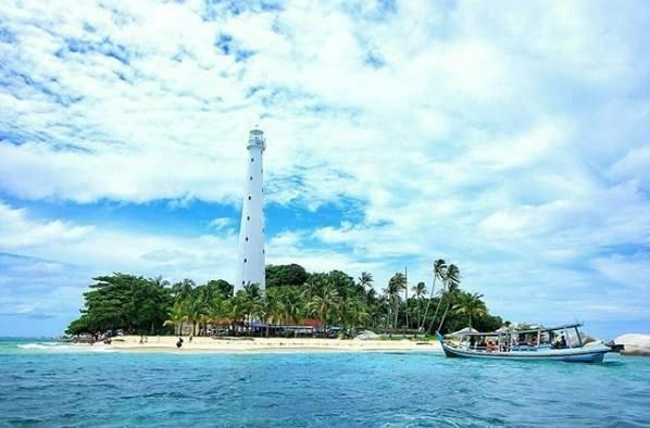 Pulau Lengkuas Belitung, destinasi belitung, wisata belitung, pulau belitung