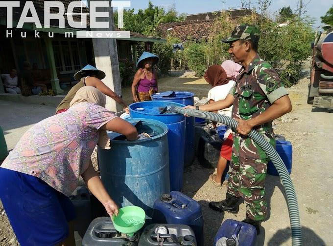 Warga Desa Sonorejo Sambut Gembira Bantuan Air Bersih