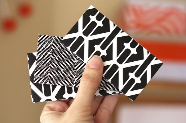 Origami Flower Shaped Card Holder Tutorial - DIY - Paper Kawaii ... | 399x600