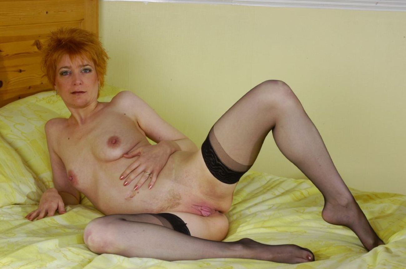 Free Nude Wives 93