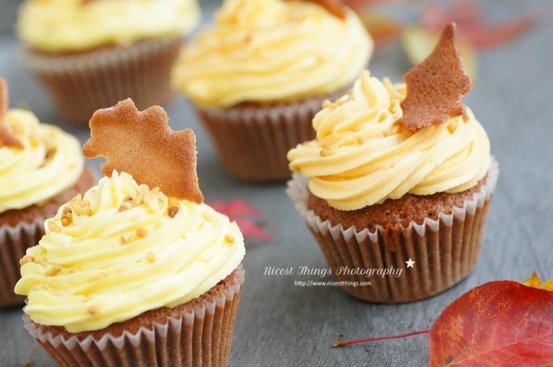 Tuile Blätter als Cupcake Deko für Herbst Cupcakes selber machen