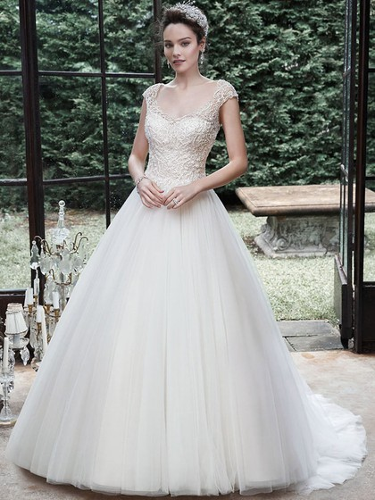 http://www.dressfashion.co.uk/product/scoop-neck-ivory-tulle-appliques-lace-backless-sweep-train-wedding-dress-ukm00022177-13775.html?utm_source=minipost&utm_medium=1131&utm_campaign=blog