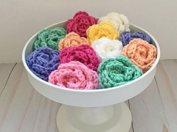 Easy Crochet Rose Tutorial (Left Handed)