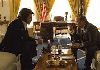 """Cena do filme """"Elvis e Nixon"""""""