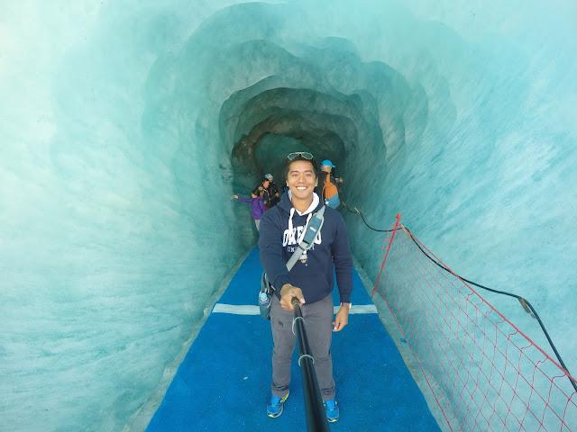entrance to the glacier cave