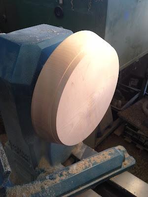 Support bijoux lithothérapie bois/pierres semi-précieuses atelier taxil floran tournage sur bois hautes alpes
