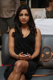 Telugu Actress Kamna Singh Stills in Black Dress at Bharat Thakur Art Exhibition Launch  0169.jpg