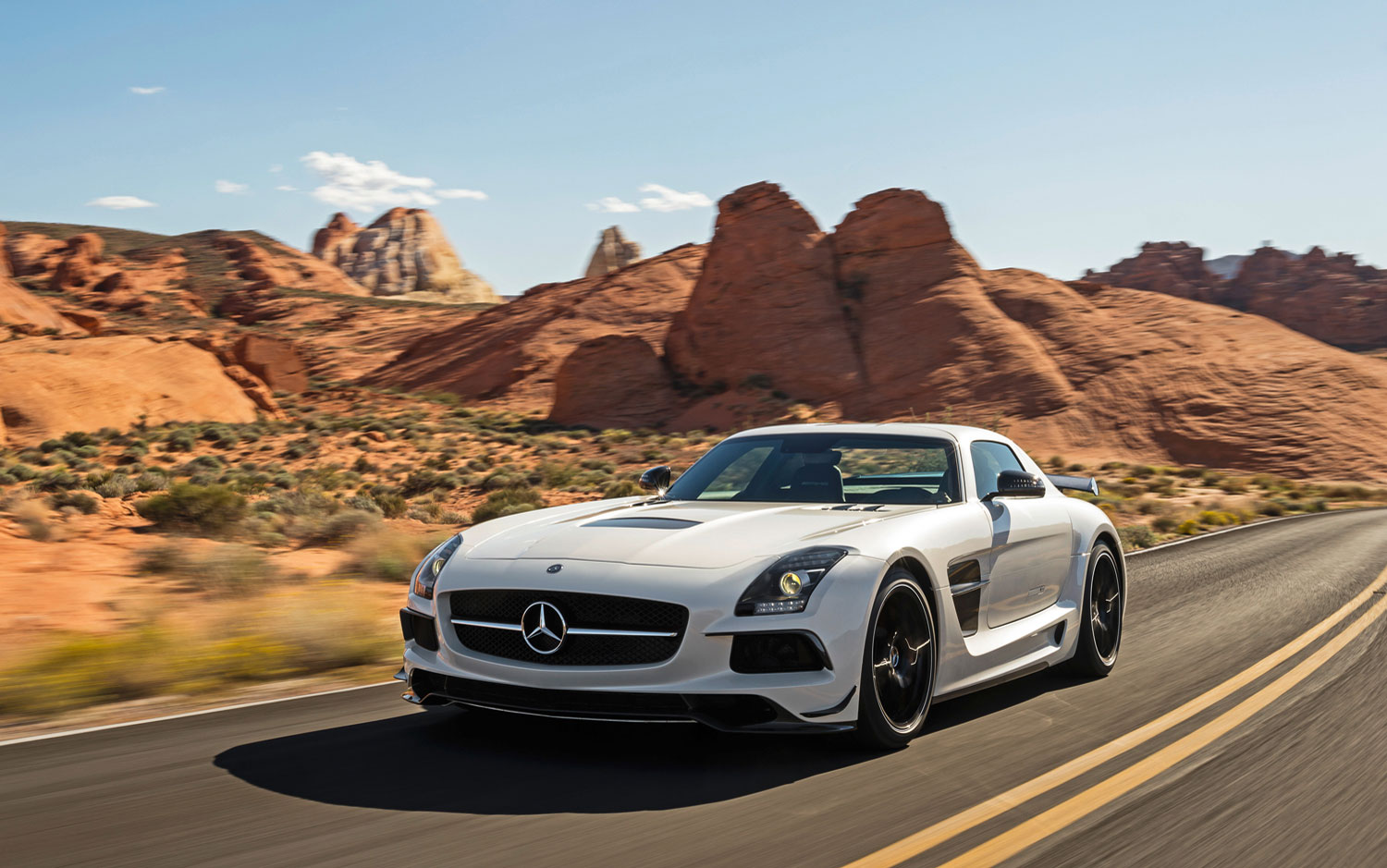 cars model 2013 2014 2014 mercedes benz sls amg black series. Black Bedroom Furniture Sets. Home Design Ideas