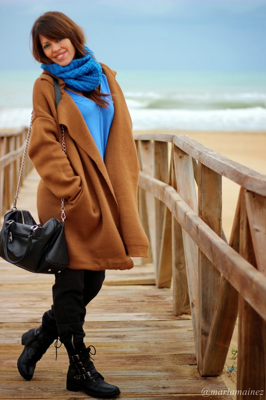 Cardigan Coffee - Streetstyle - Bbeautifulbymaria - Blogger Alicante - Blue and Brown-effortless