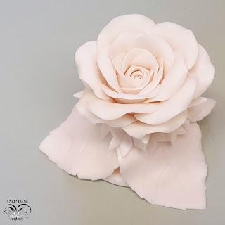 Фарфоровая керамическая роза