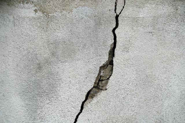 come-si-ripara-una-parete-lesionata