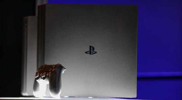 PS4 no va a recibir un mando Pro por el momento