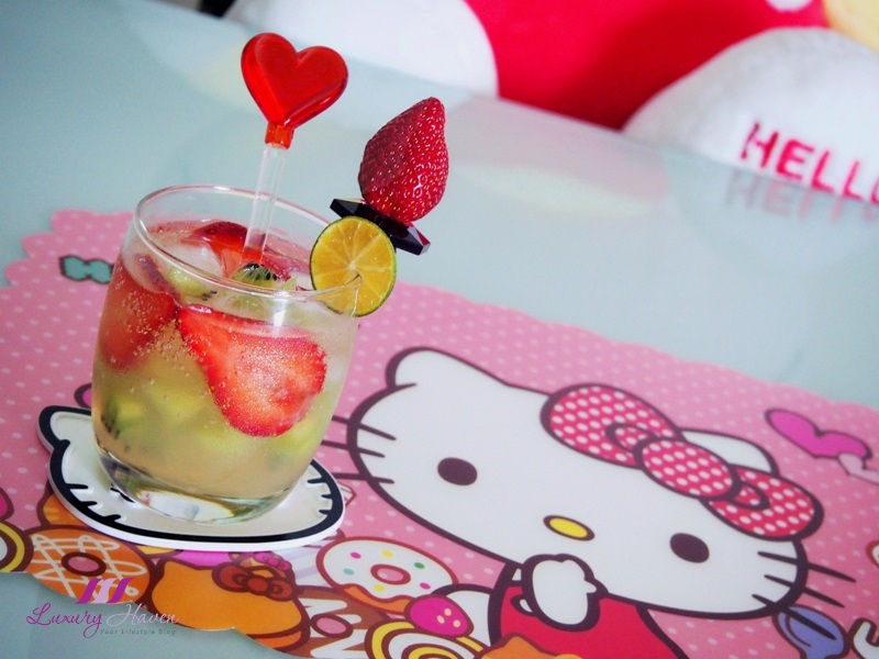 hello kitty table mat sparkling mocktail recipe