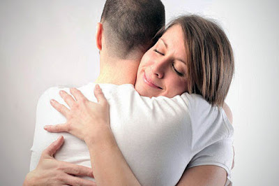 hugging reduces stress releases oxytocin