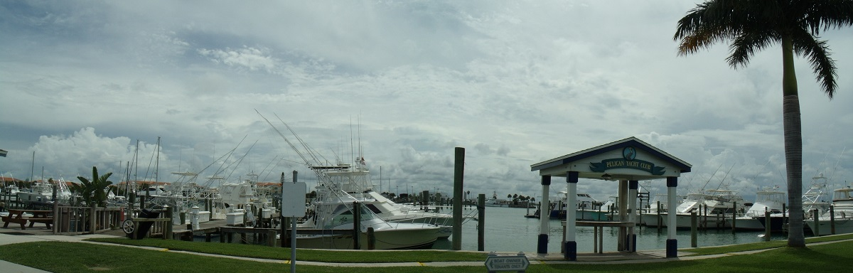 Pelican Yatch Club Marina