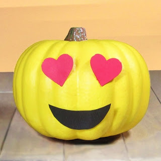 Cute-Halloween-Pumpkin-Carving-free