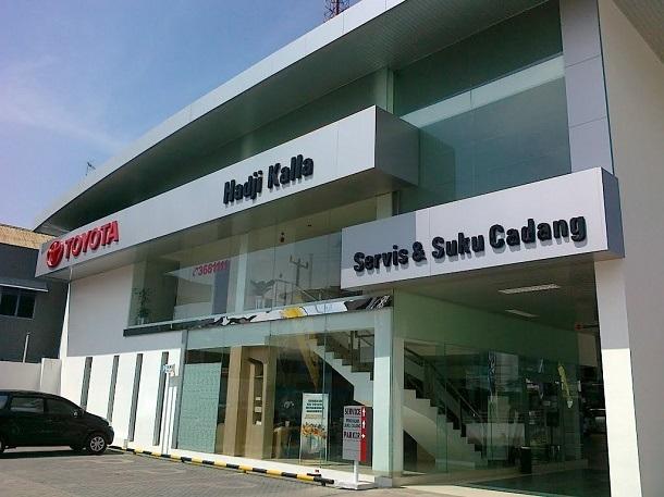 TOYOTA Hadji Kalla Sengkang, Alamat : Jl. Andi Ma'ga Amrullah No.1, Sengkang 90911