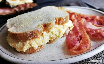 Como hacer el sándwich de huevo mas famoso de Instagram