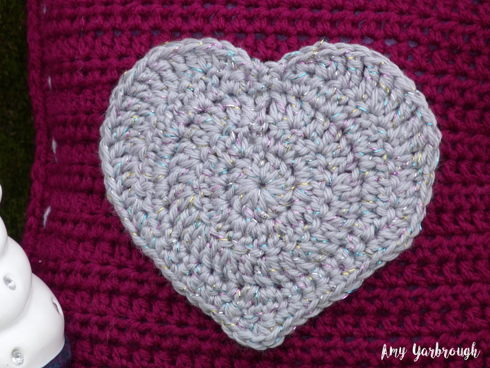 Glitzy heart mini pillow new crochet pattern ginger peachy heart applique round 1 with color b make an adjustable ring ch 3 counts as dc here and throughout 11 dc in ring sl st in beg ch 3 12 dc bankloansurffo Gallery