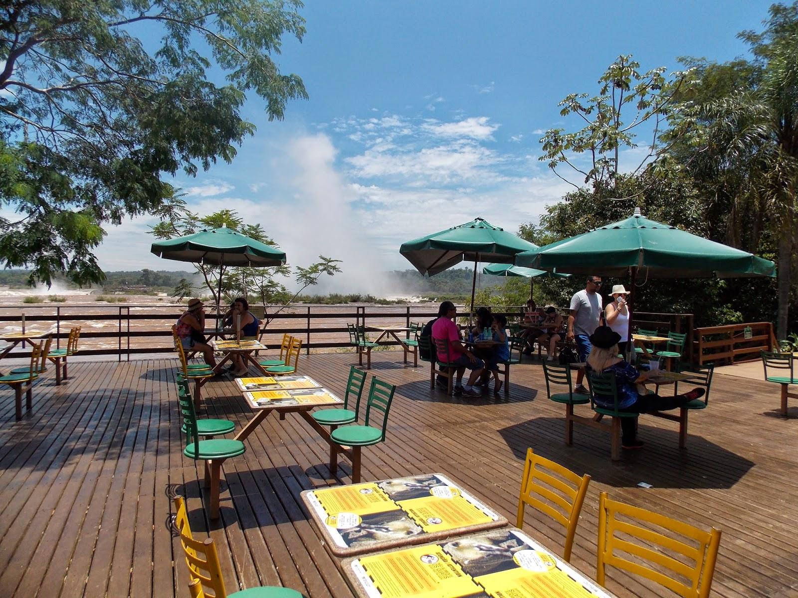 Resultado de imagem para area lanchonete cataratas iguacu