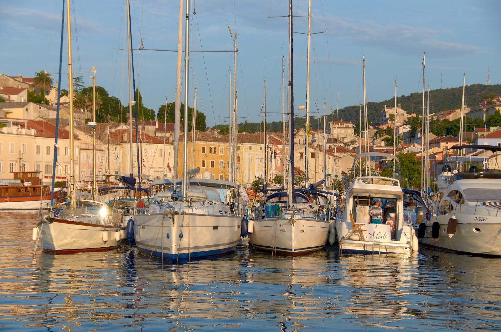 Chorwacja widoki na urokliwe miasteczko