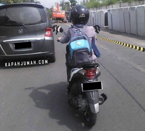 Ini Salah Satu Kelakuan Aneh Seorang Biker