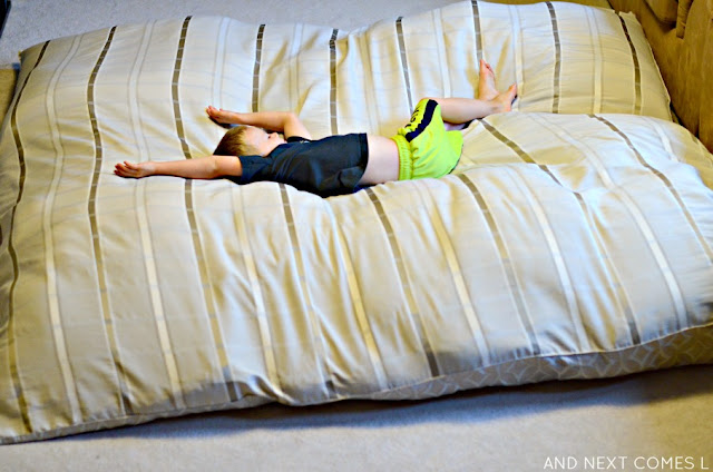 DIY crash mat - find out how to make a homemade crash pad for kids
