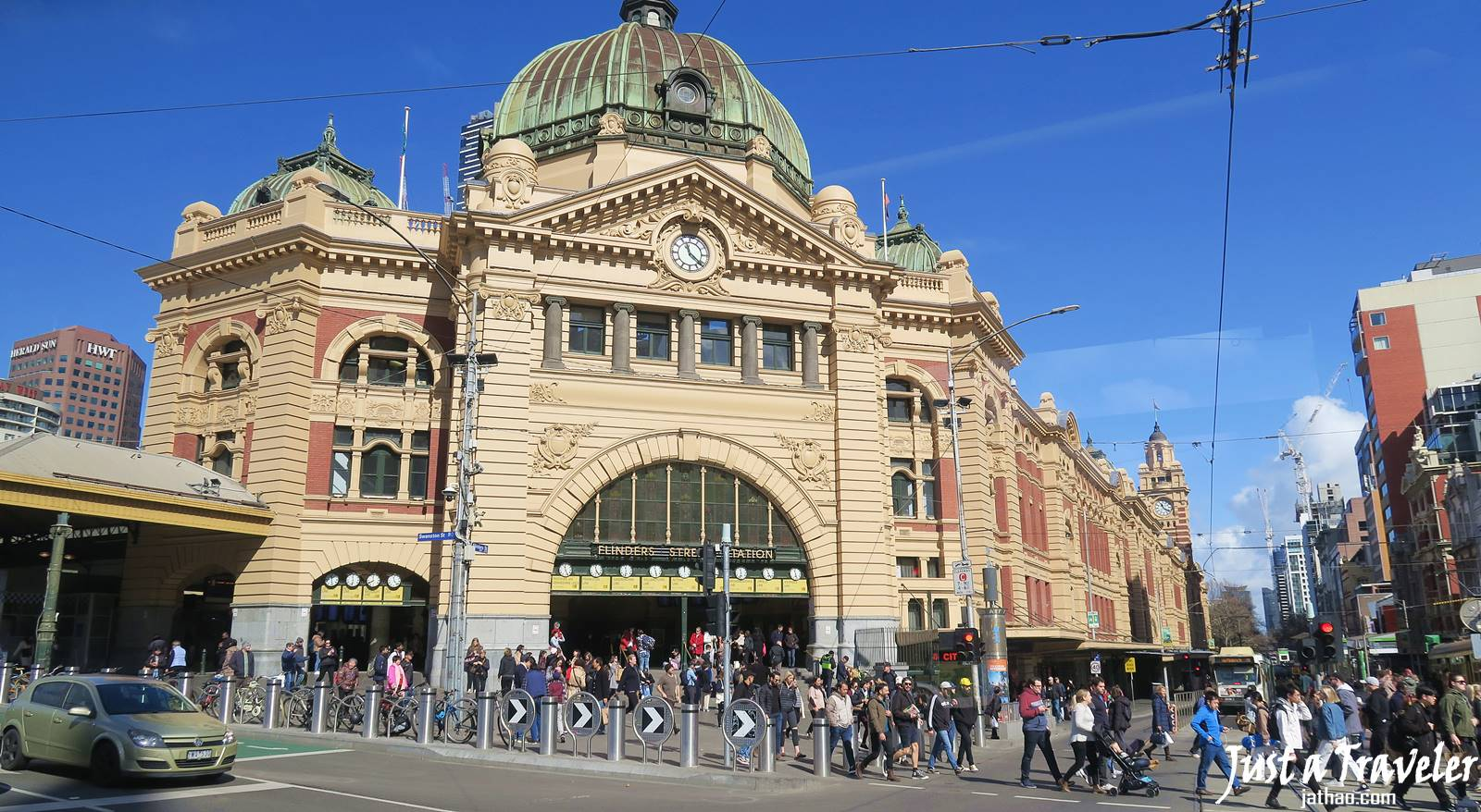 Melbourne-Flinders Street Railway Station-CBD-Attraction-Recommendation-Map-Itinerary-Tourism-Independent Travel-Travel Blog-Must visit-Must See
