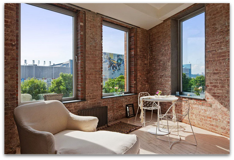 New York Brick Wall Apartment