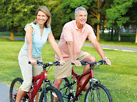 Tips Bersepeda Bagi Lansia Pemula Agar Selalu Tetap Bugar