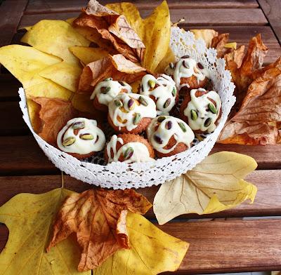 muffins alla zucca con ganache al cioccolato bianco e pistacchi